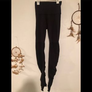 Lululemon high waisted leggings size 4